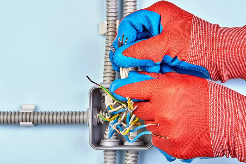gloves for electricians